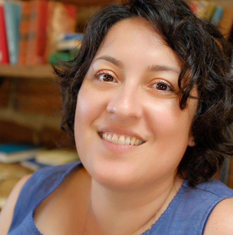 Luciana Prandhara